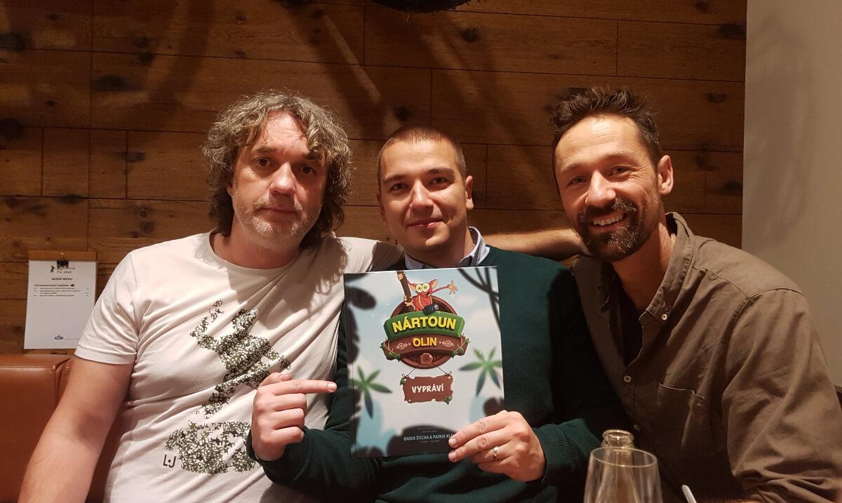 S Patrikem Klánem a Radkem Štíchou na křtu prvního vydání knížky Nártoun Olin vypráví