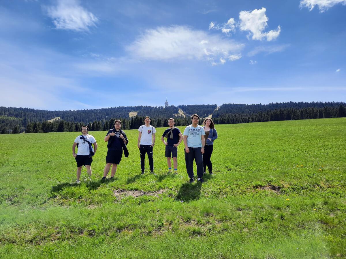 S Martinem, Patrikem, Davidem, Richardem, Adamem a Luckou jsme se vypravili na Klínovec