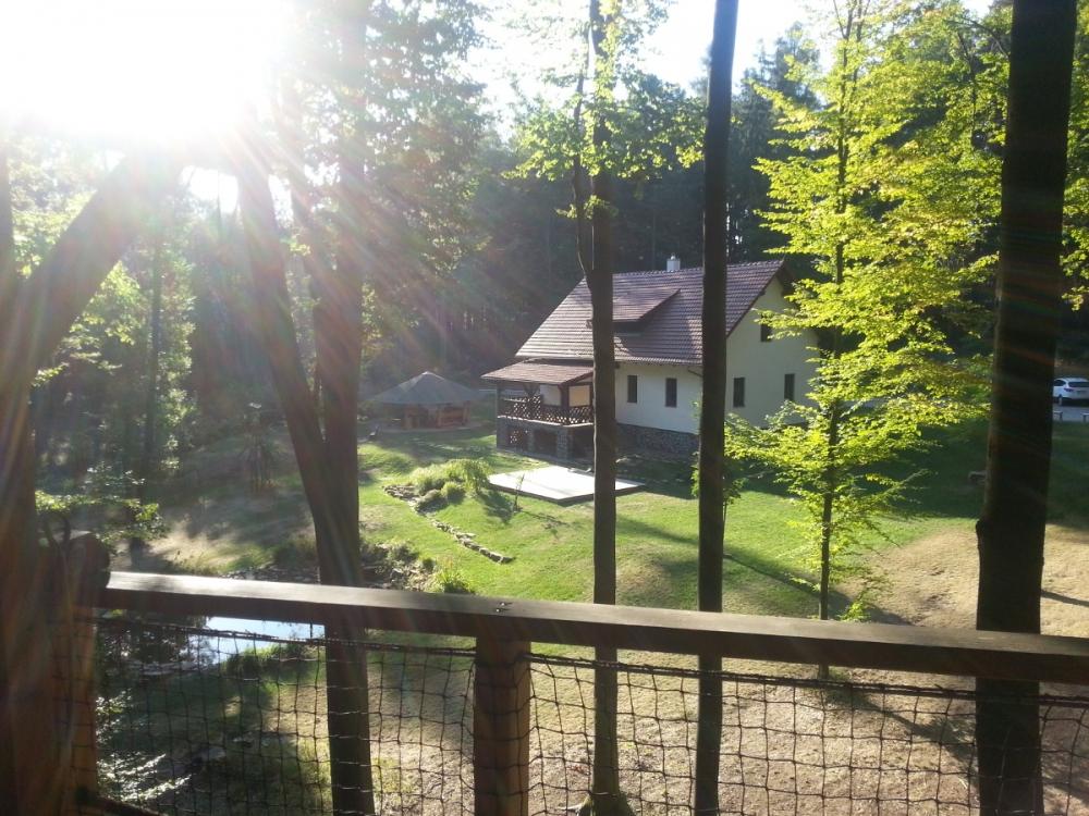 Ráno na terase TreeHouse Babí lom